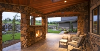 Outdoor Fireplaces / Firepits