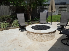 Outdoor Fireplace/Firepits