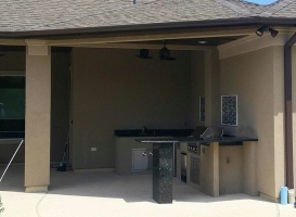 Personal-Touch-Landscape-Outdoor-Kitchen-e-3
