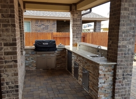 Personal-Touch-Landscape-Outdoor-Kitchen-f-1