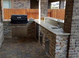 Personal-Touch-Landscape-Outdoor-Kitchen-f-6