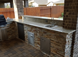 Personal-Touch-Landscape-Outdoor-Kitchen-f-7
