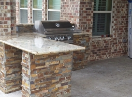 Personal-Touch-Landscape-Outdoor-Kitchen-j-3