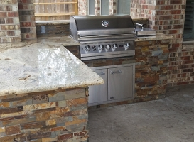 Personal-Touch-Landscape-Outdoor-Kitchen-j-4
