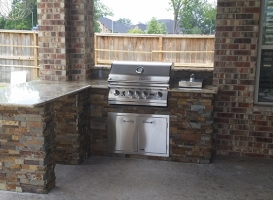 Personal-Touch-Landscape-Outdoor-Kitchen-j-5